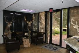 Easton foyer02