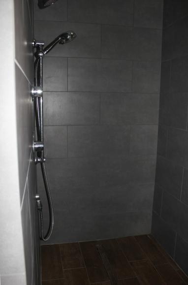 Easton washroom02