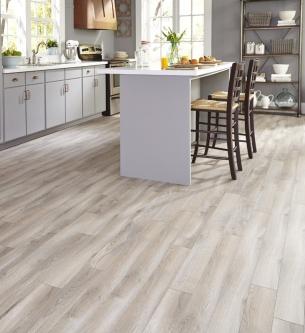 Tile kitchen floor that looks like wood.