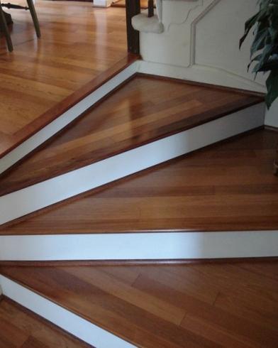 Vinyl flooring that looks like wood.