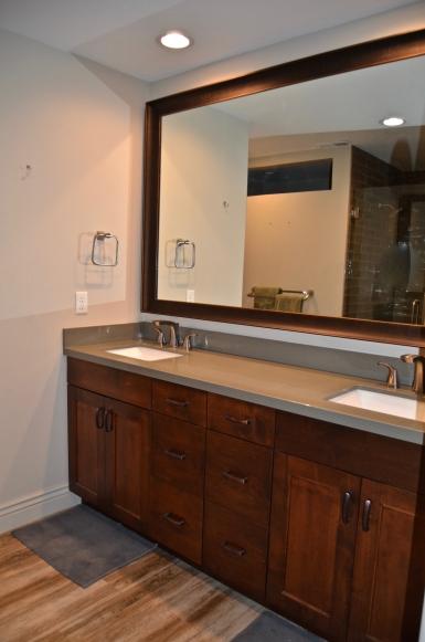 masterbathroom vanity (after)